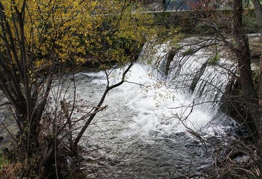 Castelo Novo - cachoeira na ribeira da Alpreada