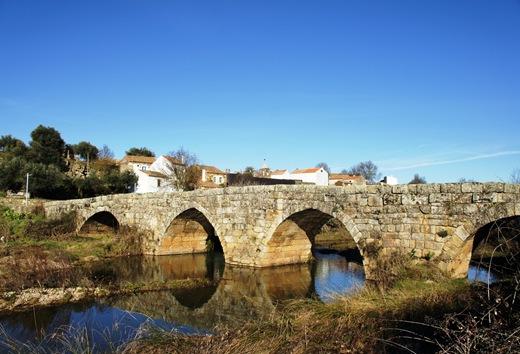 Idanha a Velha - ponte de origem romana 1