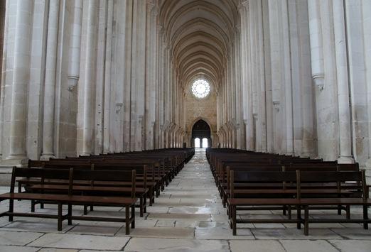 Mosteiro de Alcobaça - Nave central 3