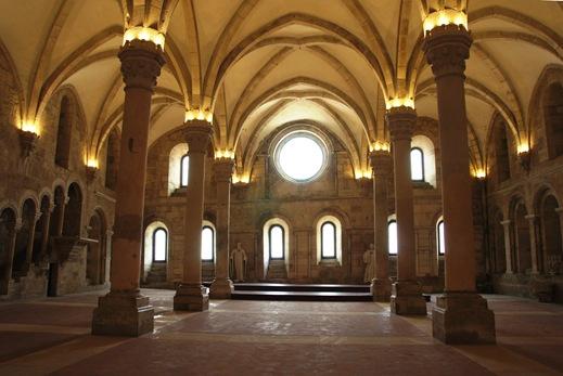 Mosteiro de Alcobaça - refeitório 1