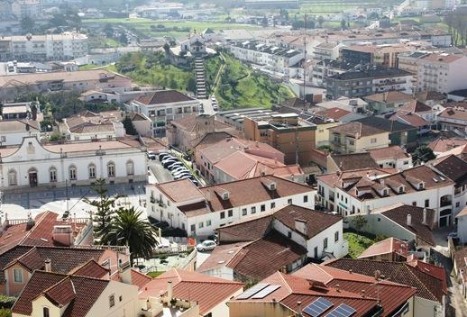 Porto de Mós - vista do Castelo - capela de sto antonio