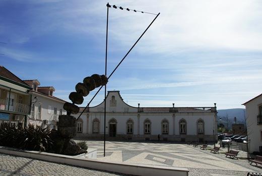 Porto de Mós - camara municipal - praça da república 2