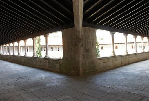 Batalha - Mosteiro de Santa Maria da Vitória - galeria do claustro de D. Afonso V piso superior 1