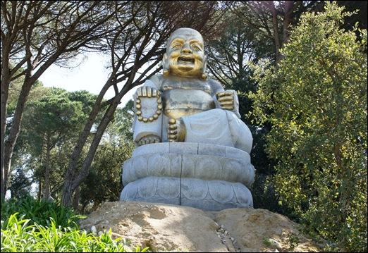 Buddha Eden - buddha  dourado