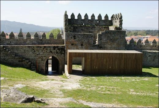 9.Trancoso -  castelo medieval - porta de entrada-saida e posto de informação