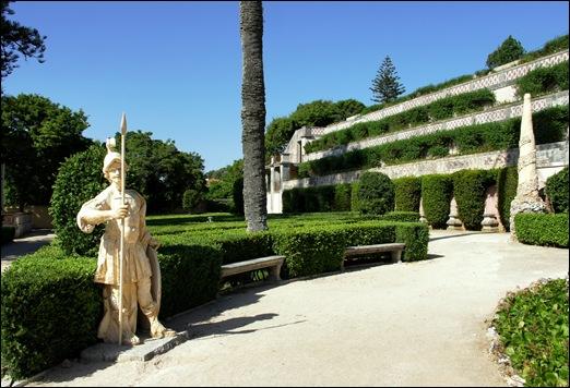 Quinta Real Caxias - jardim cascata - guarda romano 1