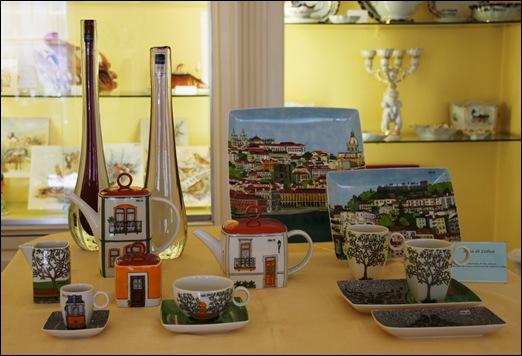 Ilhavo - Vista Alegre - loja da fabrica - peças com decoração baseada em Lisboa