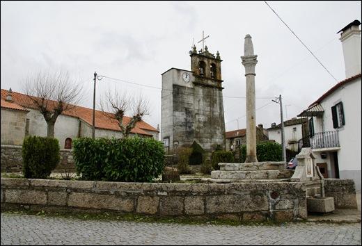 Glória Ishizaka - Vila do Touro - fonte - pelourinho