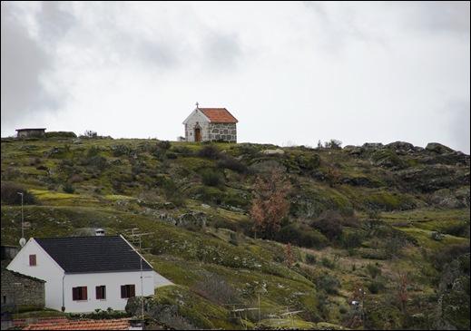 Glória Ishizaka - Vila do Touro - capela