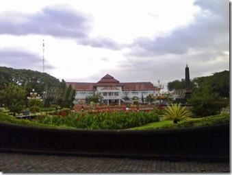 Gedung Walikota Malang Desember 2008