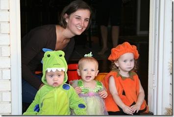 Cori - Halloween 2010 012