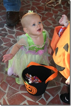 Cori - Halloween 2010 027