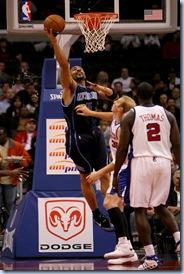 Nov 3 2008 [Stephen Dunn NBAE/Getty Images] Carlos spins inside