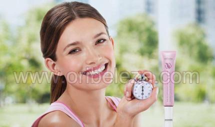 Creme para Olhos Suavidade Instantânea Optimals Time Relax da Oriflame