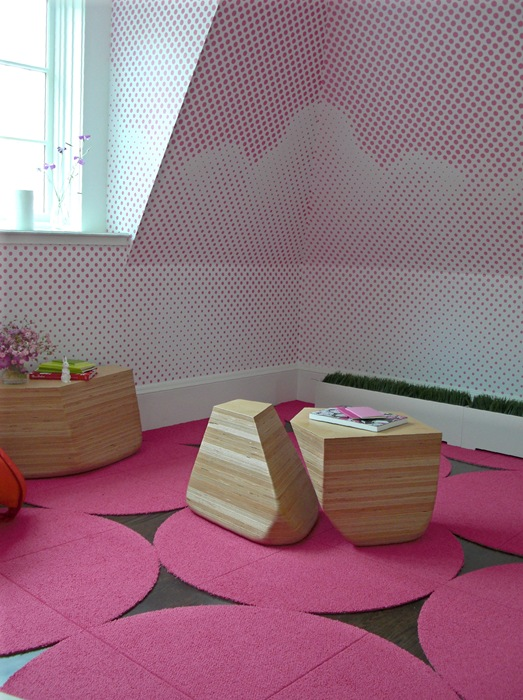 Min Day Pink Bedroom