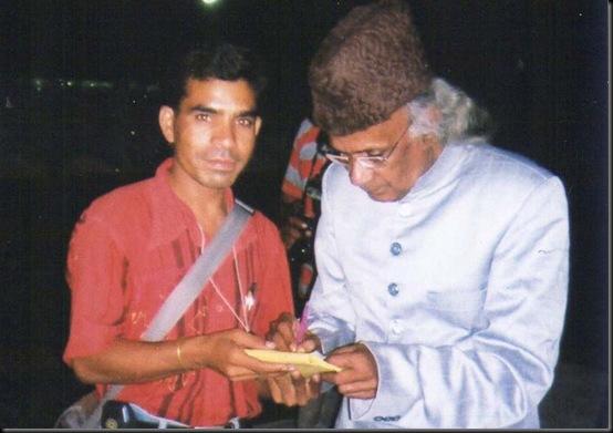 GULSHAN ARt photo with artist (4)