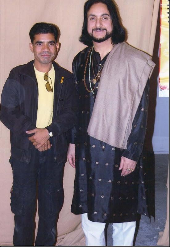 Gulshan Kumar Photo with great Artist