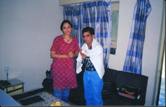 GULSHAN ARt photo with artist (1)