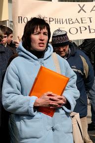 Митинг против вырубки леса (Пятихатки, 28.03.2010) Виктория Кравченко, член инициативной группы, ныне - координатор ЗФ