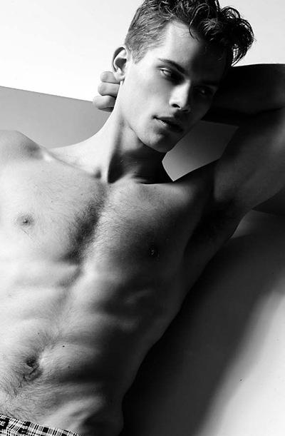 VGL | Max Gaber @ DNA