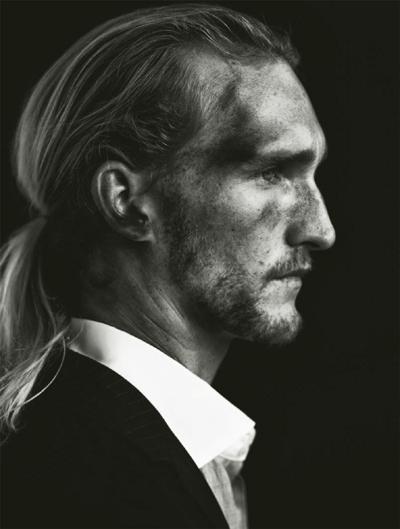Jörgen Ringstrand for J Lindeberg S/S 2010 book