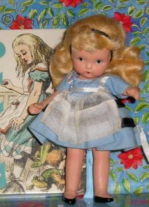 Alice in Wonderland Nancy Ann Storybook doll bisque