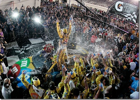 Richmond1 May NSCS Kyle Busch Victory Lane