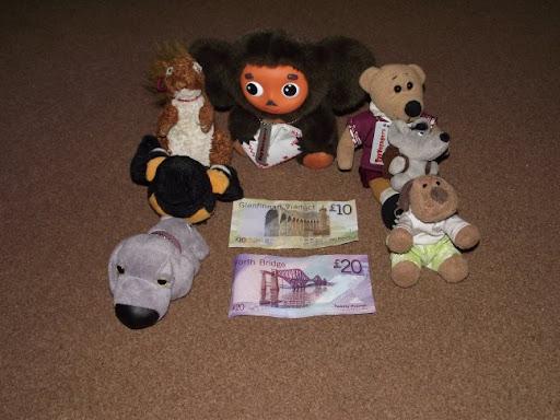 http://lh5.ggpht.com/_7ODftPSZPsY/TOZsiBlOR8I/AAAAAAAAClc/YVTsBdU_gmE/money.jpg