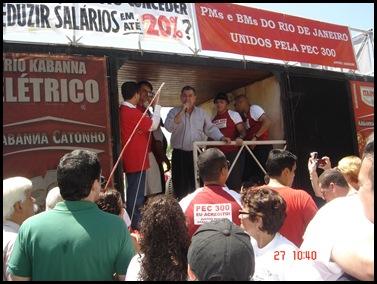 Segunda caminhada pela PEC300-2008 em 27-09-2009 em Copacabana 026