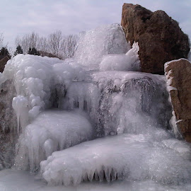 by Nibia Orona - Buildings & Architecture Other Exteriors ( frozen fountain, water, idaho, boise, fountain, frozen water )