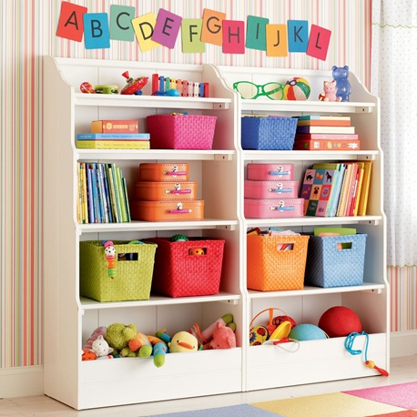 0404031_BankableBookcase_WH_W208