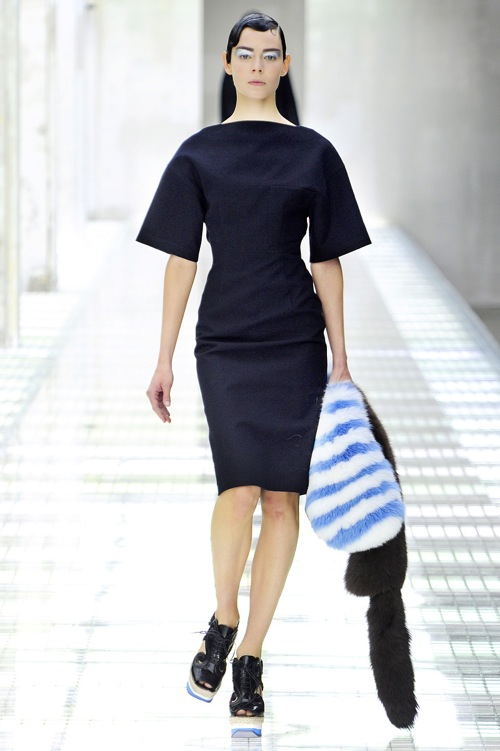 prada handbag collection - this is a blog called geometricsleep.: Milan Spring 2011: Prada