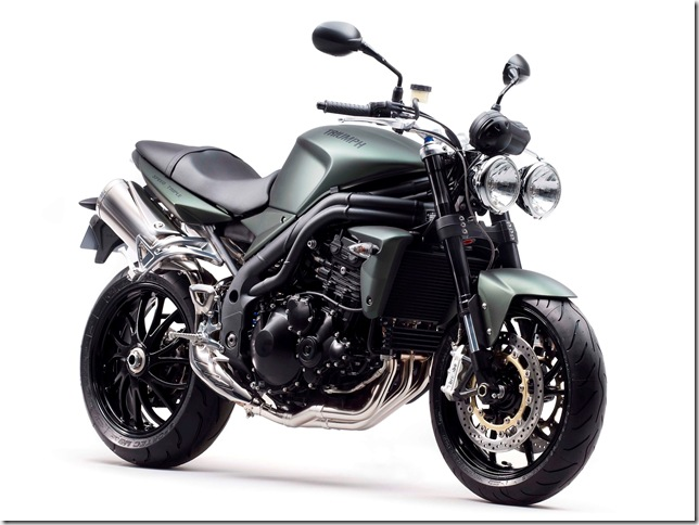Speed Triple Front