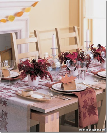 Thanksgiving table setting.marthastewart.com