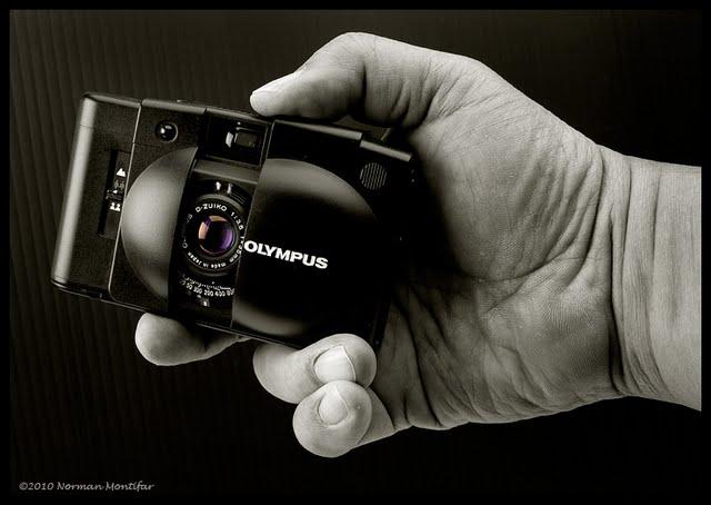 Olympus%20XA2-2.jpg