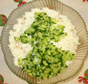 Украшение зимнего салата