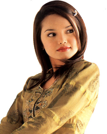 Photo Gallery: Malaysia Beautiful Singer Siti Norhaliza