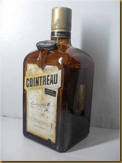 Botol Cointreau_kiri