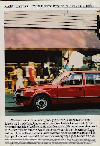 opel_caravan_1983_04.jpg