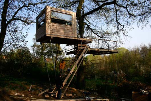 Wooden Box Treehouse Decorating With Dormer Window Pictures