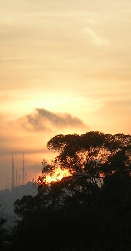 Luz de atardecer hacia El Volcán en El Hatillo Caracas, Venezuela