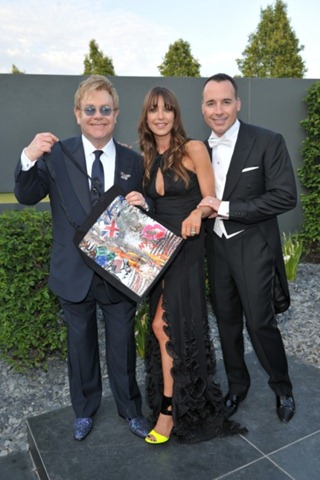 tamara_mellon_with_elton_john_and_david_furnish_at_the_white_tie__tiara_ball_june_09_-_courtesy_of_the_elton_john_aids_foundation_3-468x703