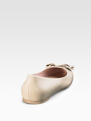 SALVATORE FERRAGAMO - Varina Patent Ballet Flats - 356