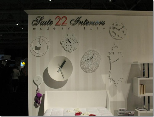 clocks suite 22