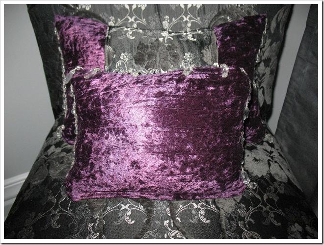 cushions close