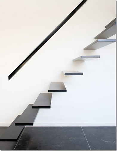 parallelogram-house-8 stairs trendir