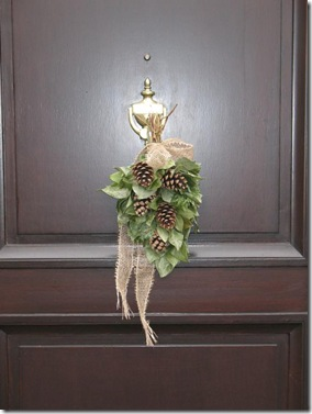 door pinecones