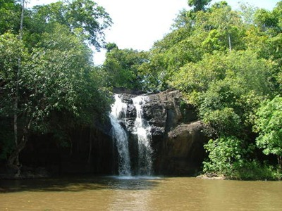 صور شلال Ang Thong waterfall