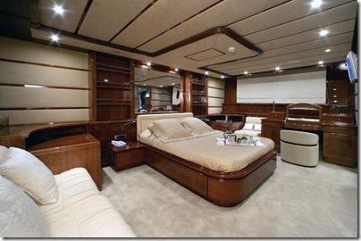 Os  interiores de luxuosos iates 2