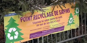 christmas-tree-recycling-sign-paris.jpg